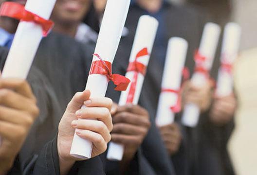 tłumaczenie dyplomów i świadectw szkolnych