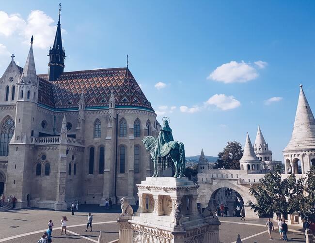 Tłumaczenia język węgierski Tłumacz przysięgły węgierski biegły węgierski